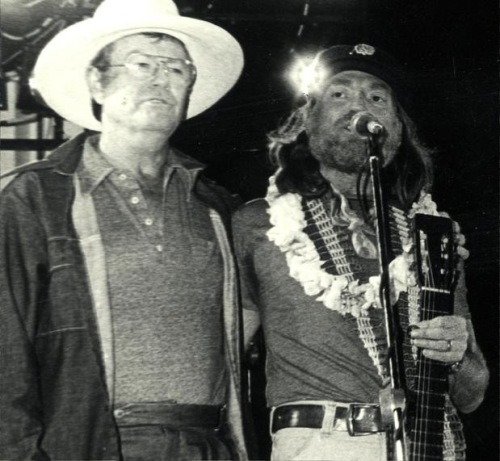 former-university-of-texas-coach-darrell-k-royal-left-with-willie-nelson-in-this-undated-photo-developed-a-love-for-country-music-during-the-depression